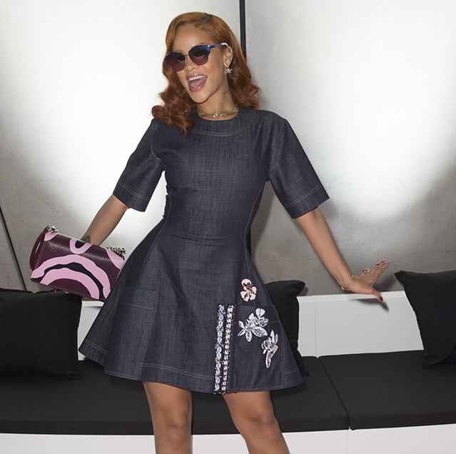 Rihanna .DIOR SHOW Tokyo A-H 2015-2016
