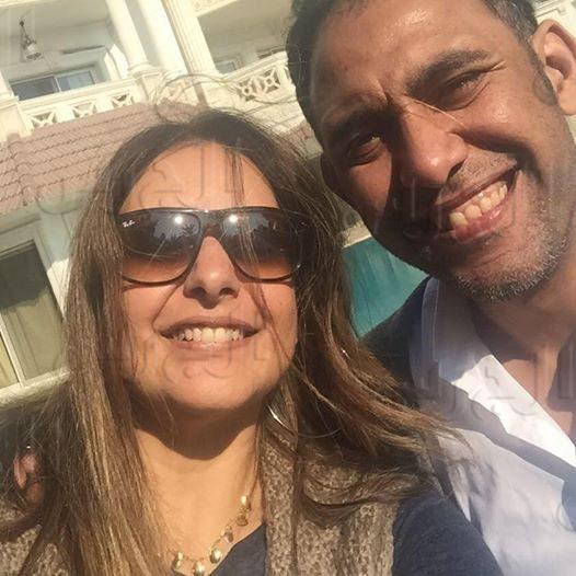 عمرو مصطفى وزوجته