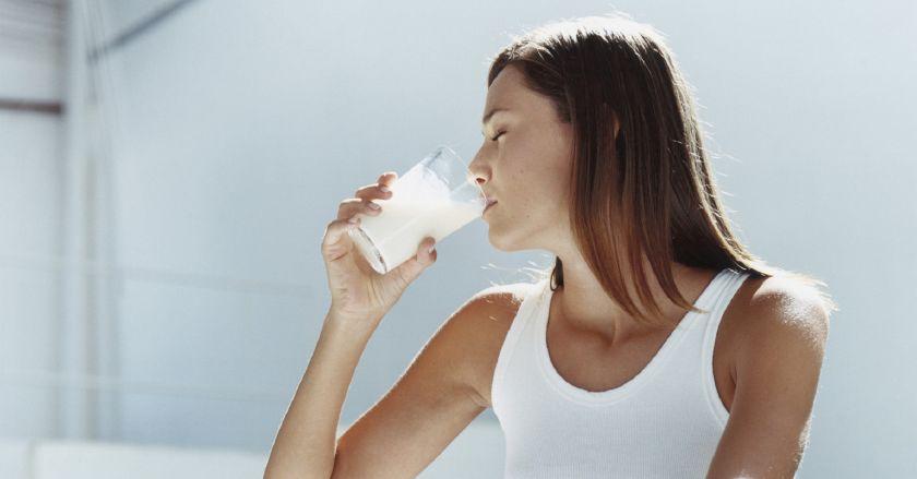 مشروبات شهيرة تساعدك على إزالة الدهون