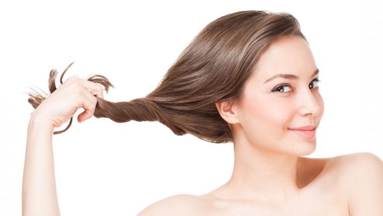 خطوات لحماية شعرك من الرطوبة