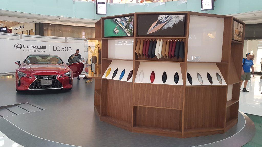 Lexus-Brand-Experience-Pilot---Dubai-Mall-Feb-23-2017-3