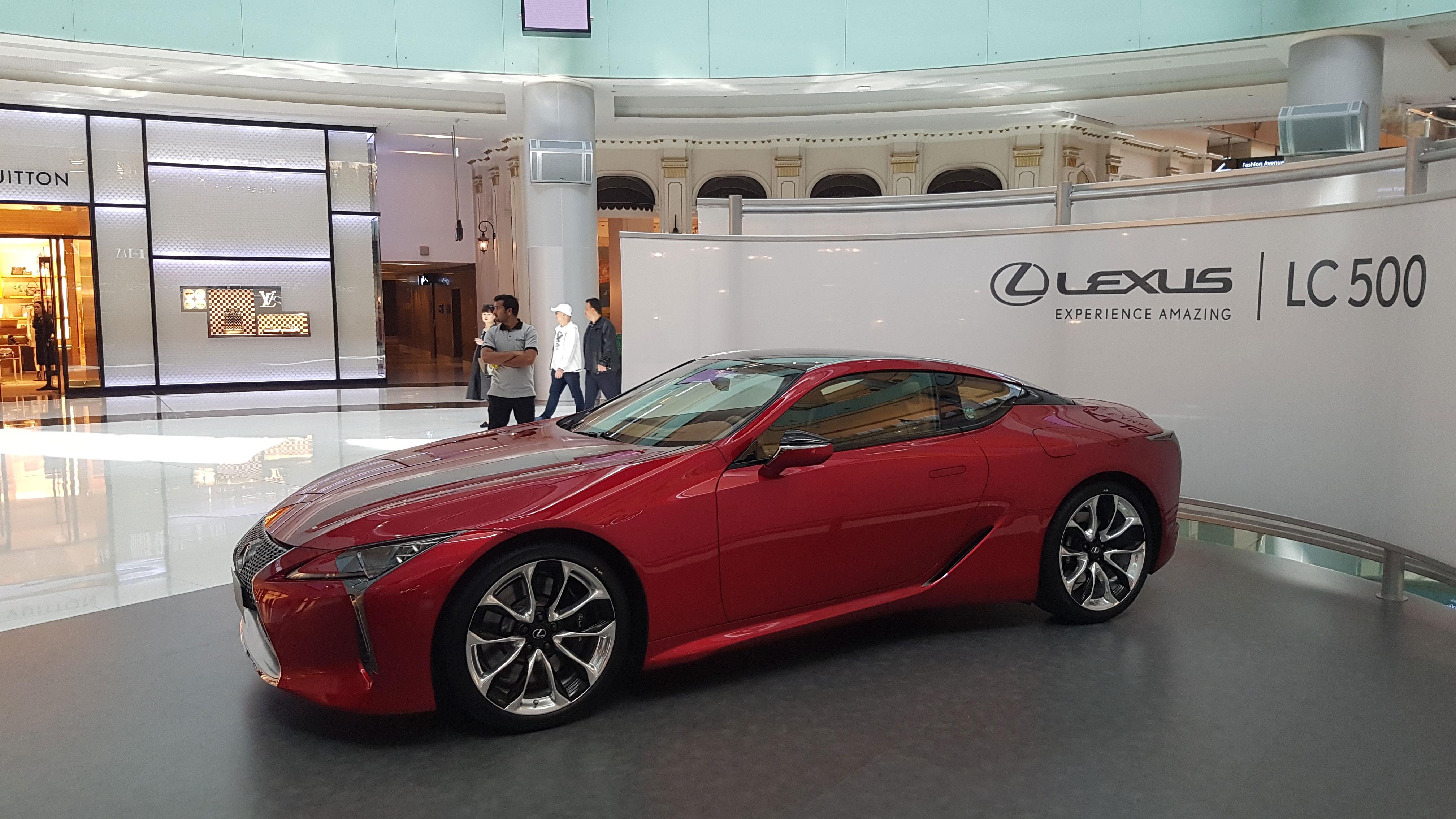 لكزس LC 500 كوبيه في أول ظهور لها في الإمارات