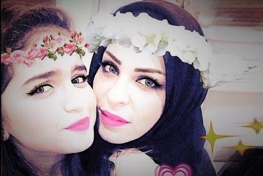حلا الترك مع والدتها1
