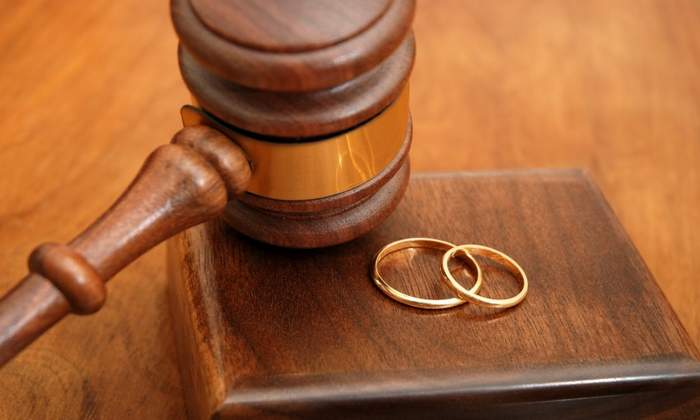 فتاة تطلب الطلاق بعد 4 أيام من زواجها لسبب غريب!!؟