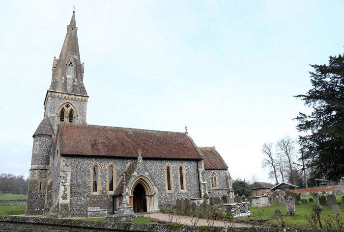 الكنيسة التي سيقام بها حفل زفاف بيبا