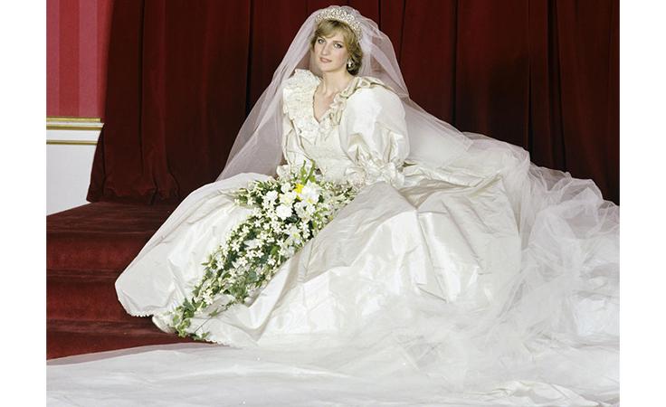 فساتين زفاف الأميرات