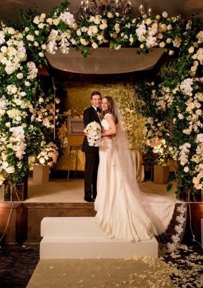 أفكار لـ حفل زفاف بديكورات ملكية