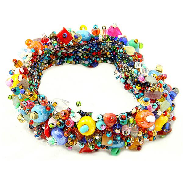 Coral-and-Crystal-Capullo-Multicolored-Bead-Bracelet-Guatemala-7bd580e9-3bbc-4dcd-98a5-c717281e0ec2_600