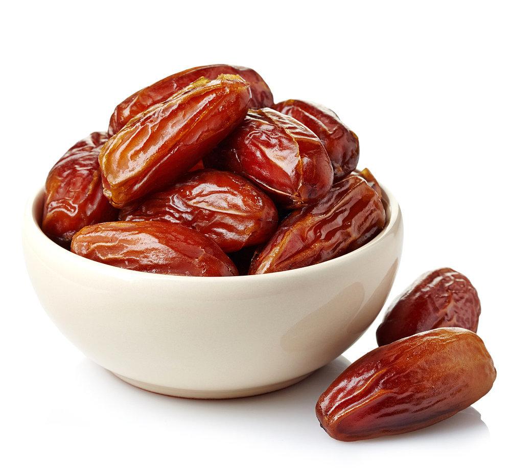 حلويات رمضان طريقة تحضير مكعبات التمر الخليجية