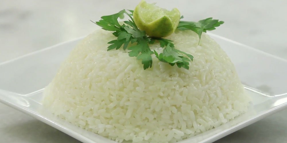 طريقة اعداد كرات لحم مع ارز وصلصة حمراء لفطور رمضان