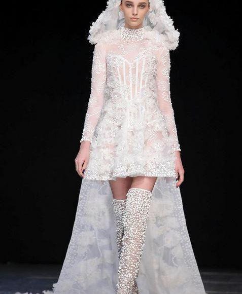 طرحة مع فستان زفاف من تصميم جورج شقرا