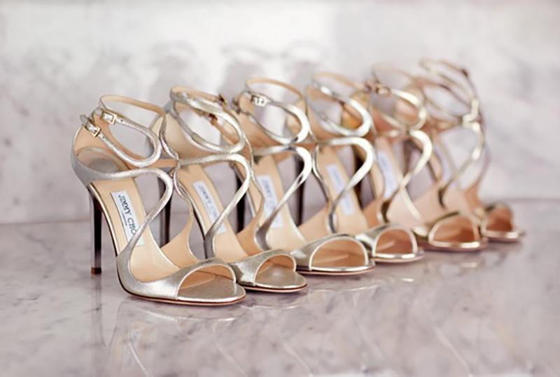 احدث موديلات احذية باللون الفضي لعروس صيف 2017