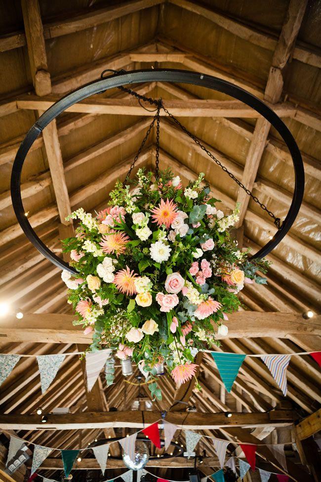 افكار-لتزيين-قاعات-حفلات-الزفاف-بالوررود- (8)