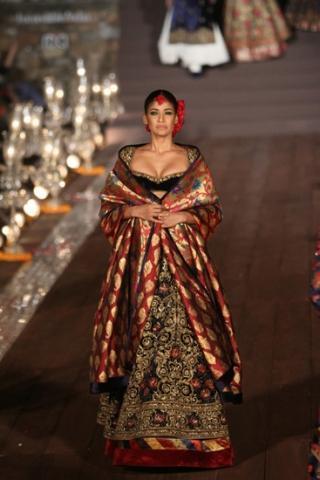 فستان هندي للسهرات