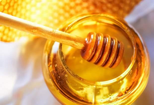 عسل النحل هو العلاج الشعبي