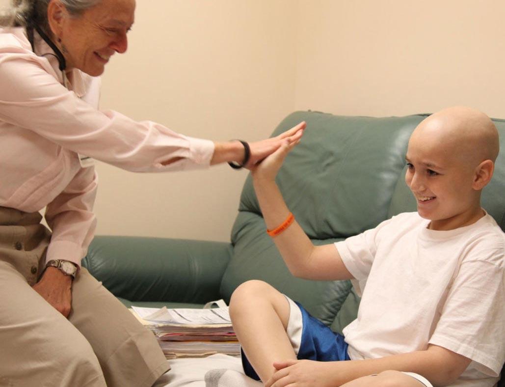 اعراض مرض اللوكيميا واسبابه وطرق علاجه