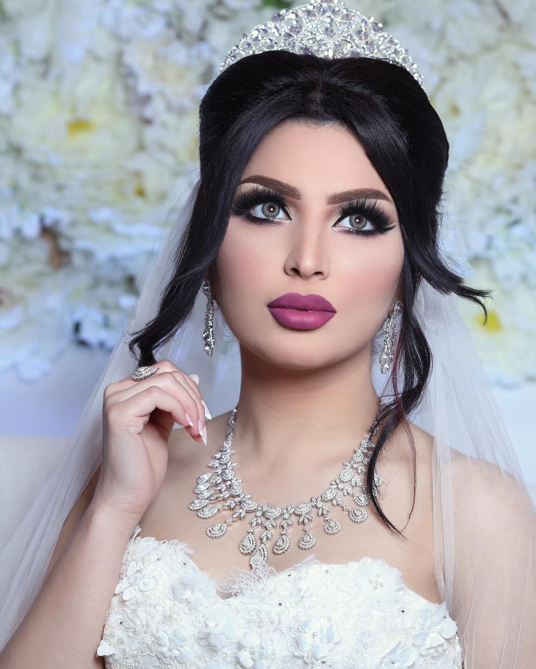 مكياج عيون سموكي جذاب للعروس | الراقية