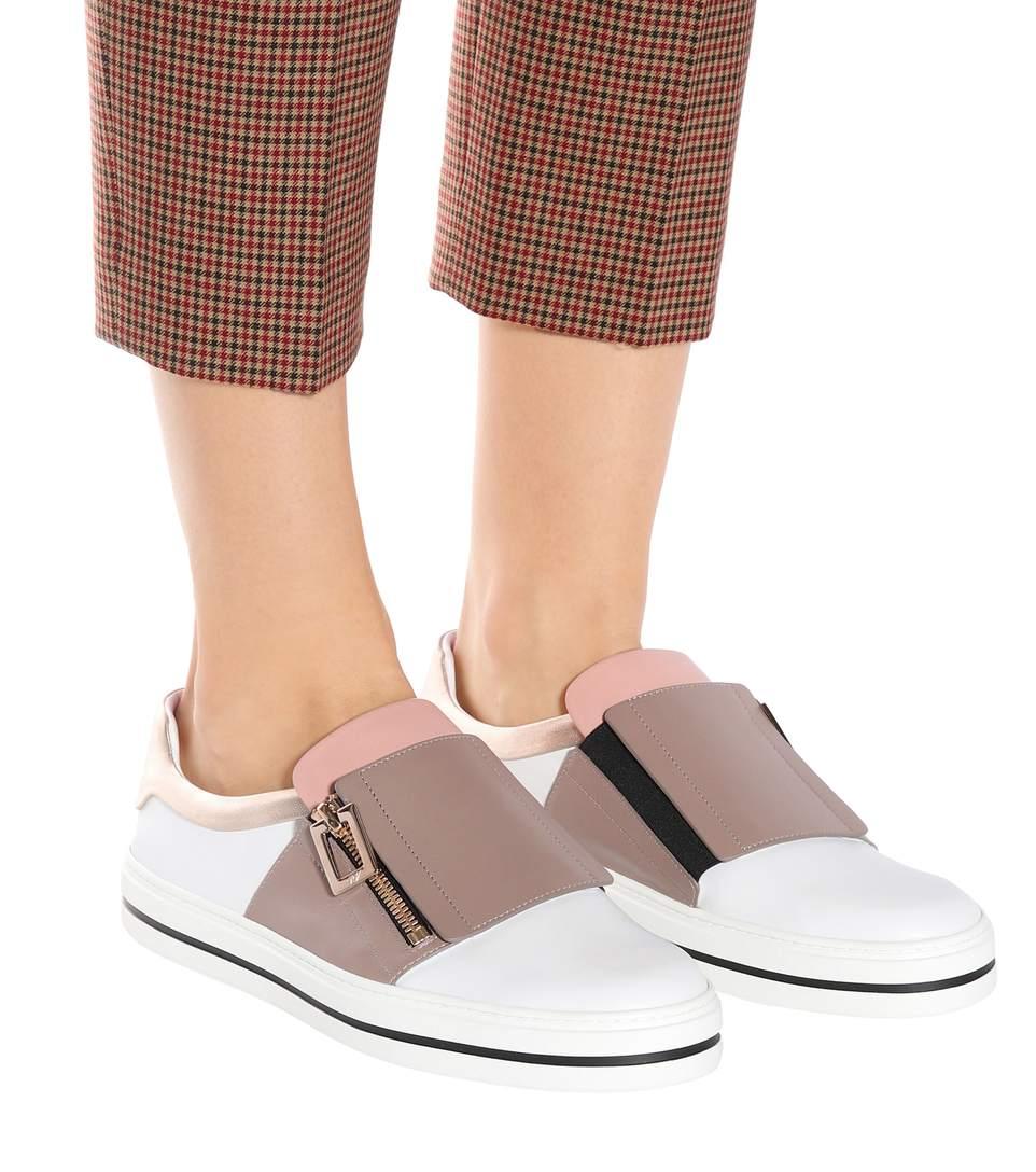 احذية السنيكرز للبنات موضة ما قبل الخريف 2017