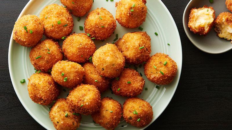 كرات البطاطس المحمرة