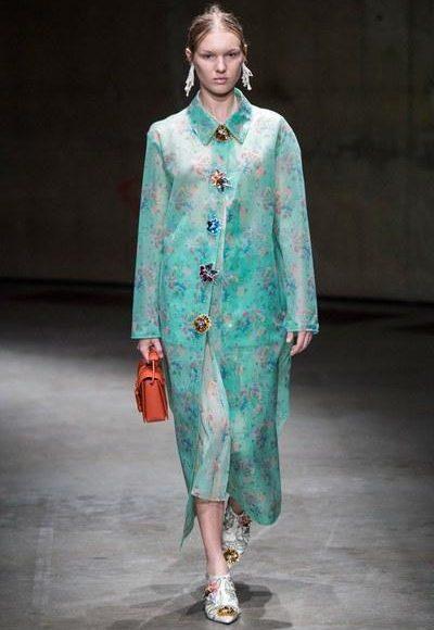 مجموعة كريستوفر كاين لربيع وصيف 2018 من أسبوع الموضة