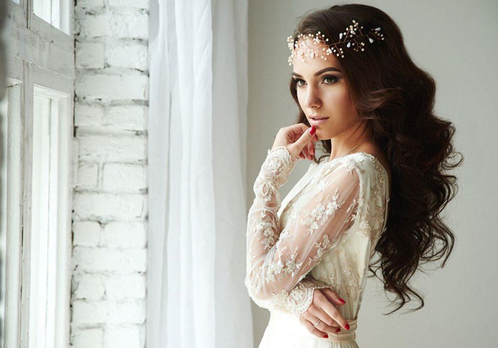 نصائح-لاختيار-الملابس-المناسبة-للعروس- في-شهر-العسل-0----0)