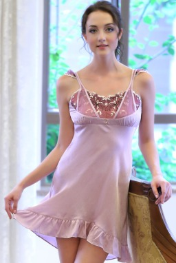 نصائح-لاختيار-الملابس-المناسبة-للعروس- في-شهر-العسل- (3)