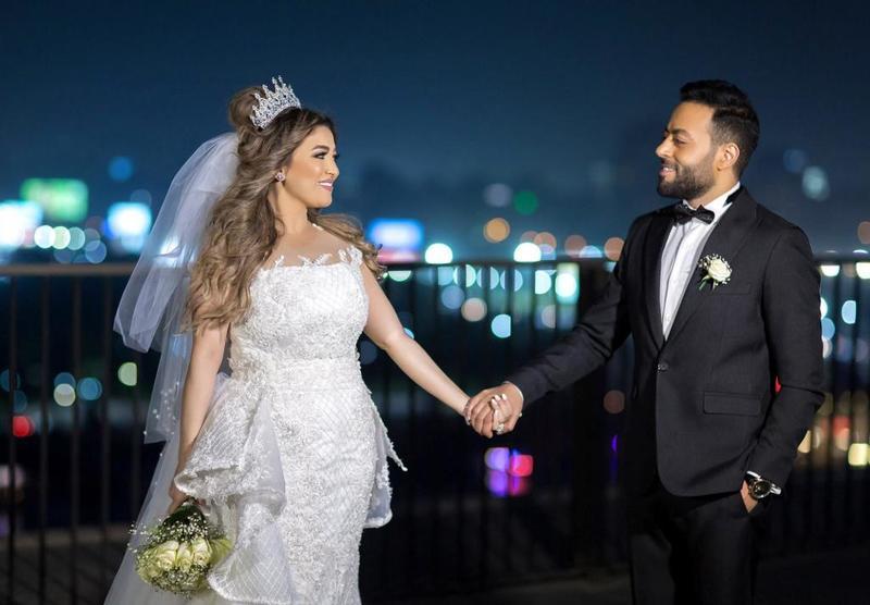جلسة_تصوير_تامر_عاشور_وزوجته 8