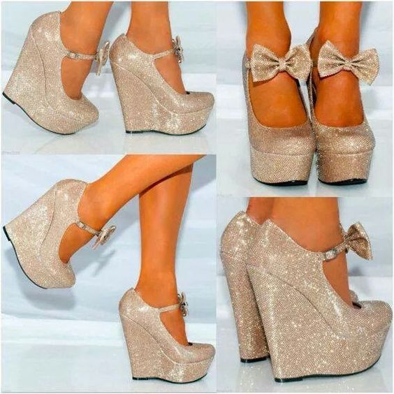 f6463dde71215 ... تصميمات من الاحذية الذهبية ذات الكعب العالي  حذاء أبيض مع كعب ذهبي   باللون الاسود حذاء ذات كعب عالي باللون الذهبي ...