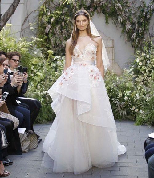 فساتين زفاف متعددة الطبقات لعروس 2017