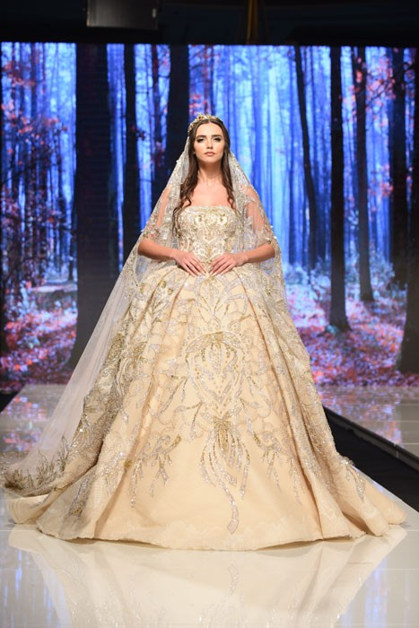 فستان-زفاف-من-لابورجوازي