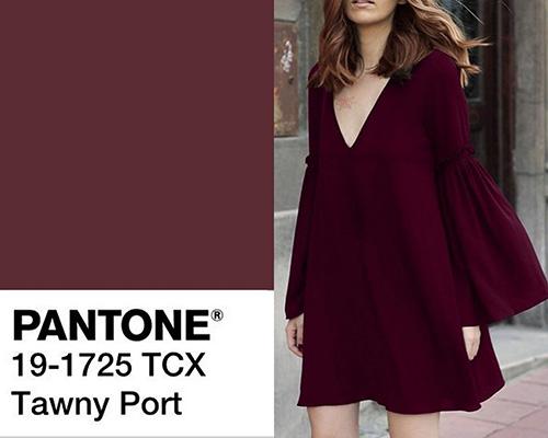 الأحمر النبيذي الداكن Tawny Port