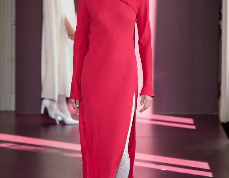 الفستان المخملي من فالنتينو