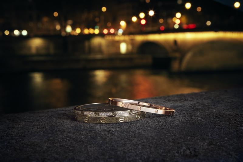 أساور-من-الذهب-cartier_love_bracelet