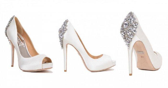 49885a8b060d6 احذية كعب عالي باللون الابيض للعروس