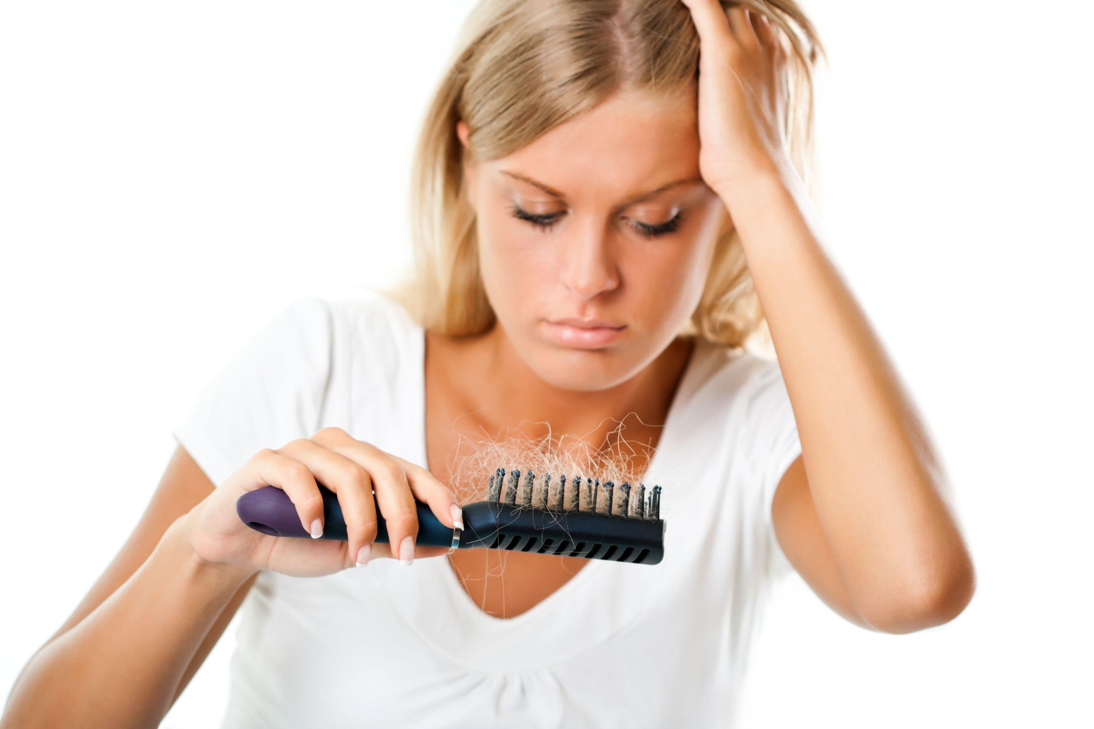 نقص البروتين يسبب تساقط الشعر