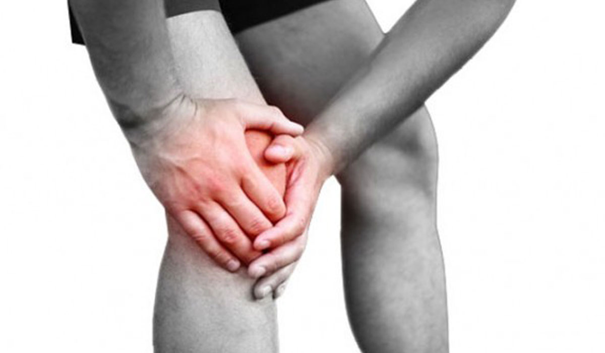اسباب خشونة الركبة المبكرة واعراضها