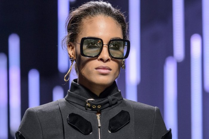 نظارات-كلاسيكية-رمادي