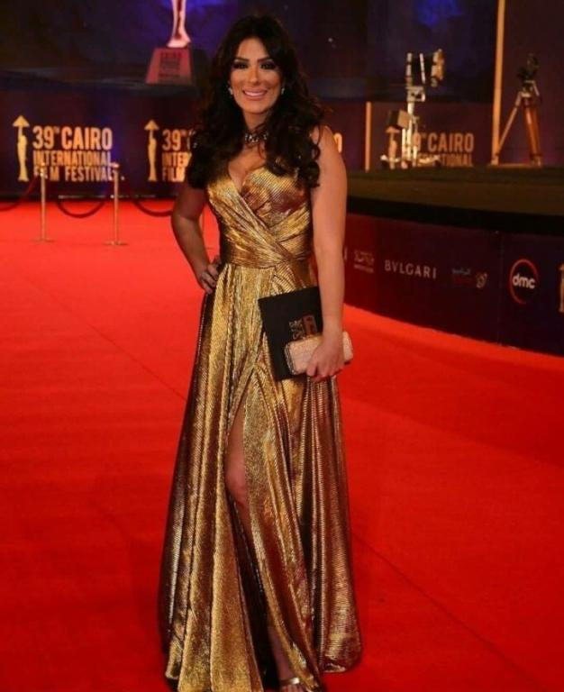اطلالة انجي المقدم في مهرجان القاهرة السينمائي
