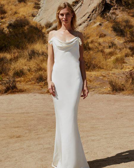 فستان بقصة الحورية