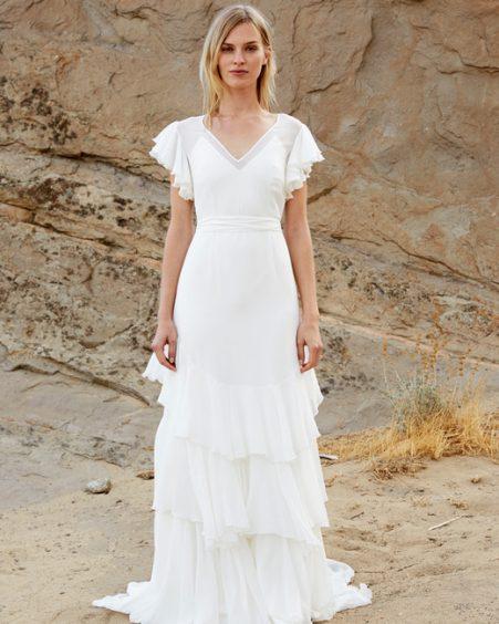 فستان زفاف بالكشاكش