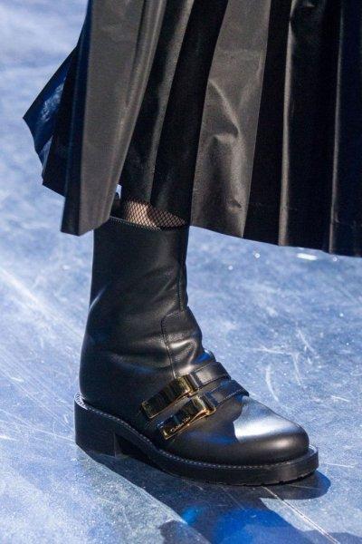 احذية-البوت