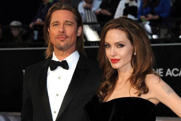 انجلينا مع زوجها