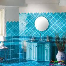 حمام باللون الازرق