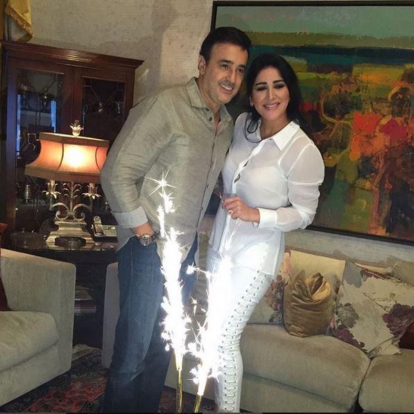 صابر-وزوجته-يحتفلان