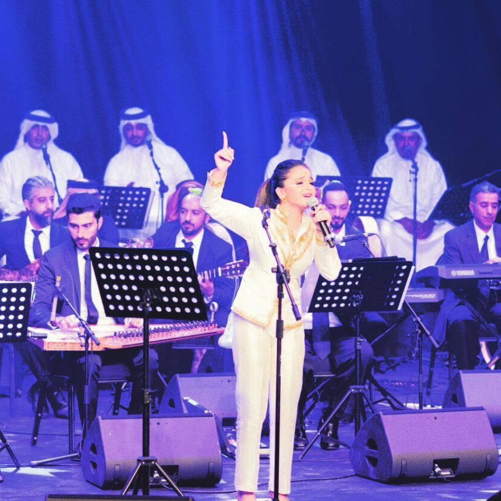حلا-في-حفل-البحرين