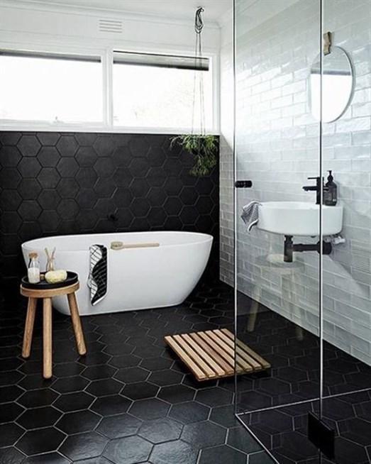 ديكورات حمامات باللون الاسود2