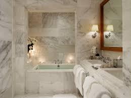 صور ديكورات حمامات من رخام7