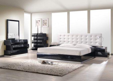 غرفة-نوم-باللون-الأبيض