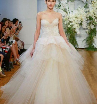 d8e97267912fa موديل فستان زفاف منفوش  فساتين اعراس طبقات ...