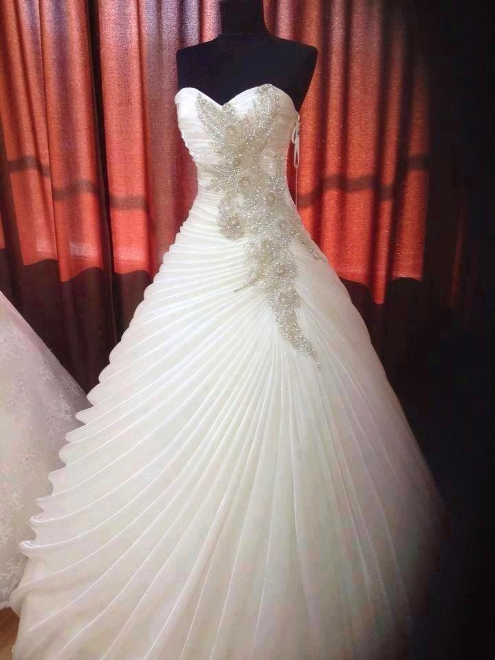 19f0054f6c204 ... فستان زفاف فخم  موديل فستان زفاف كب ...